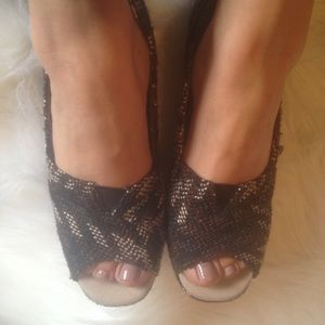 Toms Shoes - TOMS ● Tweed Fabric Wedges